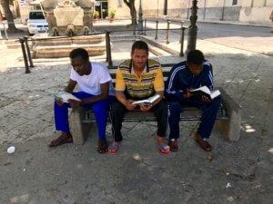 Ook voor deze mensen een eigen Bijbel in hun eigen taal